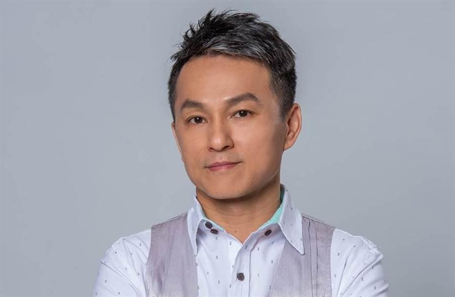 狄志偉自曝參加21年尾牙只中過2次獎。(圖/狄志偉臉書)