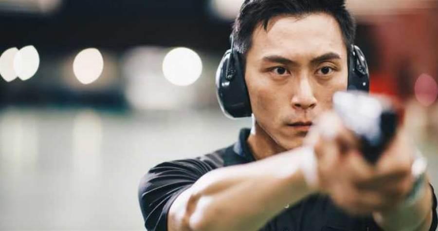外型酷似吳彥祖的警官林政宏,將歸建原單位負責外圍警戒任務。(圖/國安局提供)