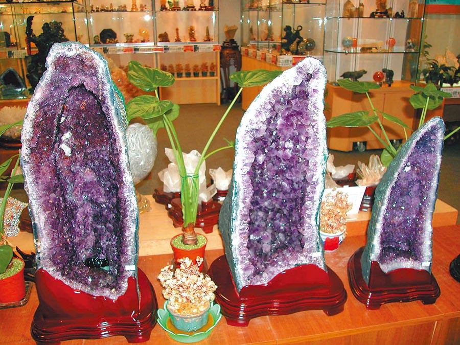 庚子鼠年「大財富星」飛臨屋宅的西北方,宜擺放聚寶盆或紫晶洞。(本報資料照片)