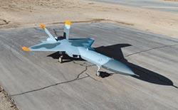美匿蹤靶機將試飛 模擬打擊殲-20