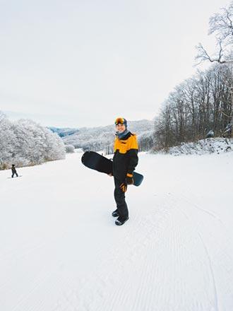 吳定謙滑雪摔跤落枕意外好了