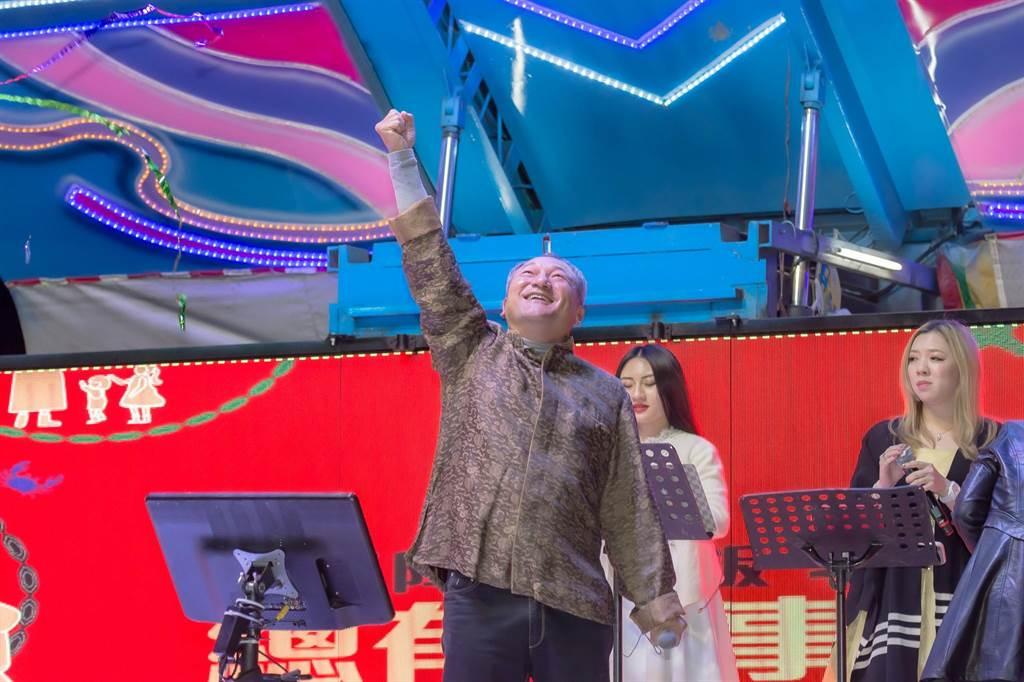 總太地產集團主席吳錫坤放手讓年輕人負責子公司的營運,各家旗下建設公司也不負所望,推案獲口碑熱銷。(總太集團提供/盧金足台中傳真)
