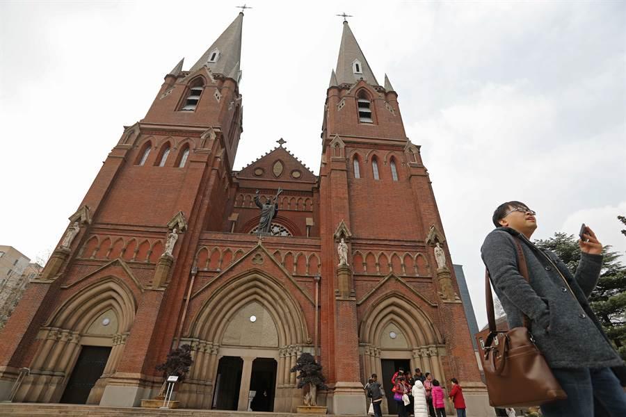 徐家匯天主教堂。(中新社資料照片)
