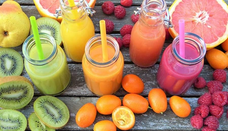 以漸進方式多吃蔬果才是正道,吃太快反而容易脹氣。(圖片來源:pixabay)
