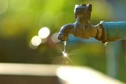 春節也要節水!達人教撇步  先除塵再濕擦好環保