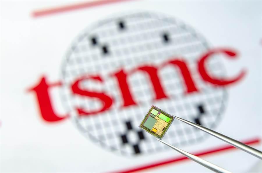 外媒報導,台積電3奈米製程採用何種技術,將影響半導體產業的發展。(圖/達志影 像/shutterstock)
