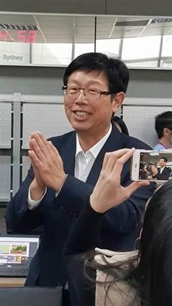 鴻海董座劉揚偉出席嘉年華 談鴻海新未來