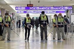 桃機防疫作為再升級 加強入境區消毒工作