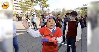 韓國瑜鳳山發紅包 鑽石級女韓粉喊選舉不公