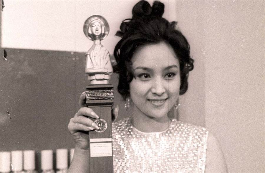 甄珍出身官宦家庭,又長得漂亮,演技也很好,做人又親切,堪稱完美女神。(中時資料照片)