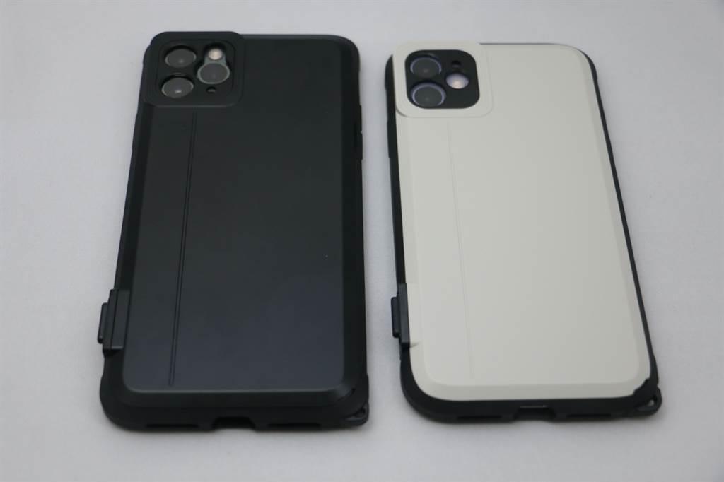 iPhone 11 Pro Max(左)與iPhone 11裝上SNAP! Case。(黃慧雯攝)