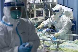 2020武漢風暴》防護器材不足 醫護整日未進食體力瀕崩潰