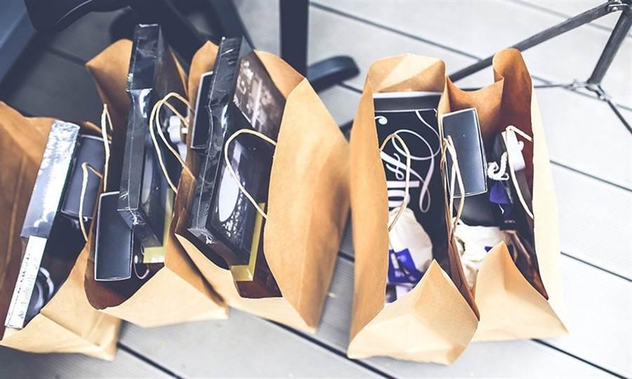 購物越來越方便,讓有衝動購物困擾的人越來越多。(圖片來源:pixabay)