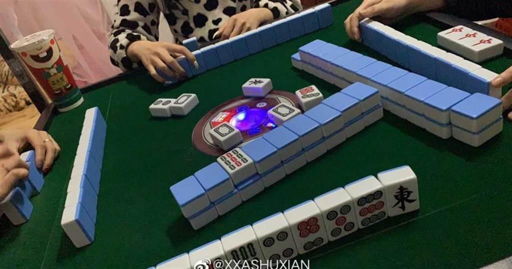 三生肖財運超旺,過年期間打牌手氣特別好。(示意圖/微博)