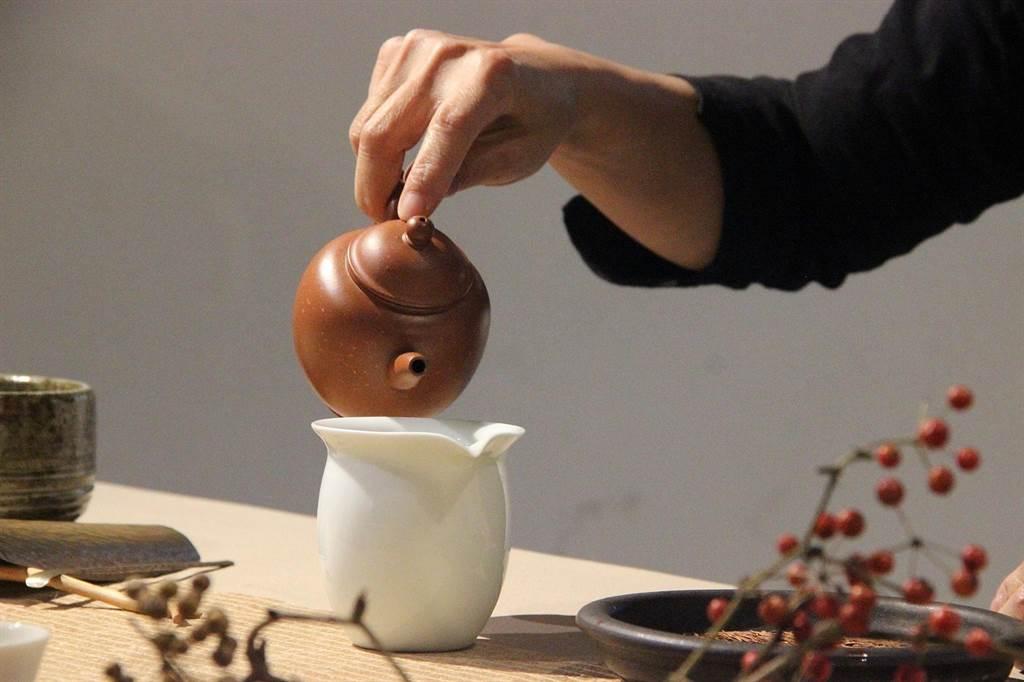 南崁兒童藝術村推茶藝課程,以茶香洗滌身心疲勞。(取材自南崁兒童藝術村FB)