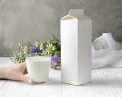 牛奶標1公升全是假?真相太神奇