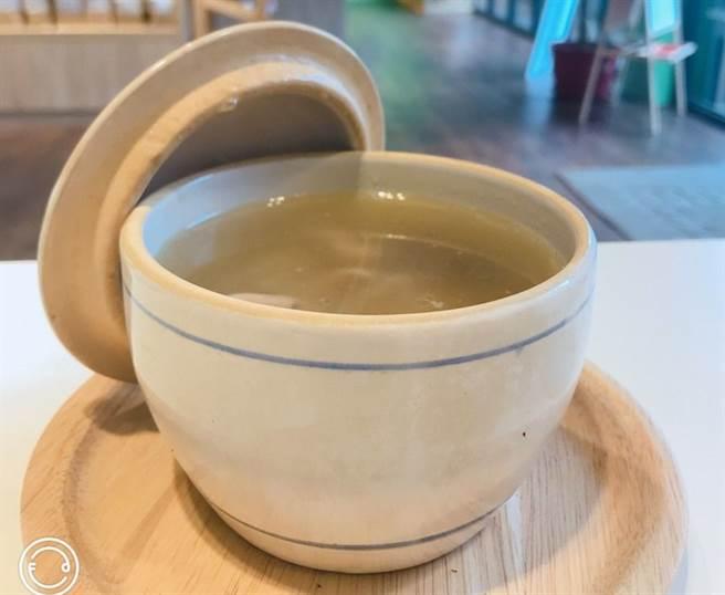 甕煲香菇雞湯。(圖取自新北市農業局官網)