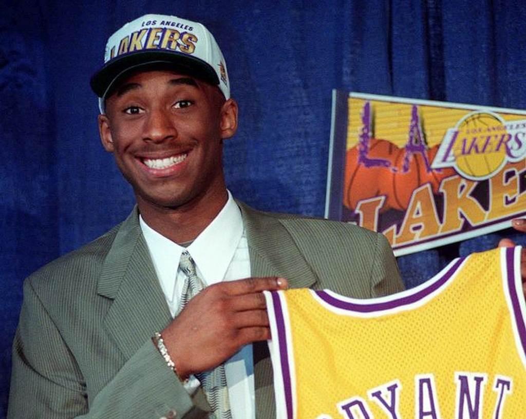 1996年,剛進入NBA的布萊恩,當時他被視為一個冒險的選擇。(美聯社資料照)