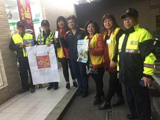 中市警製作多國語言告示牌 宣導外籍移工行車安全