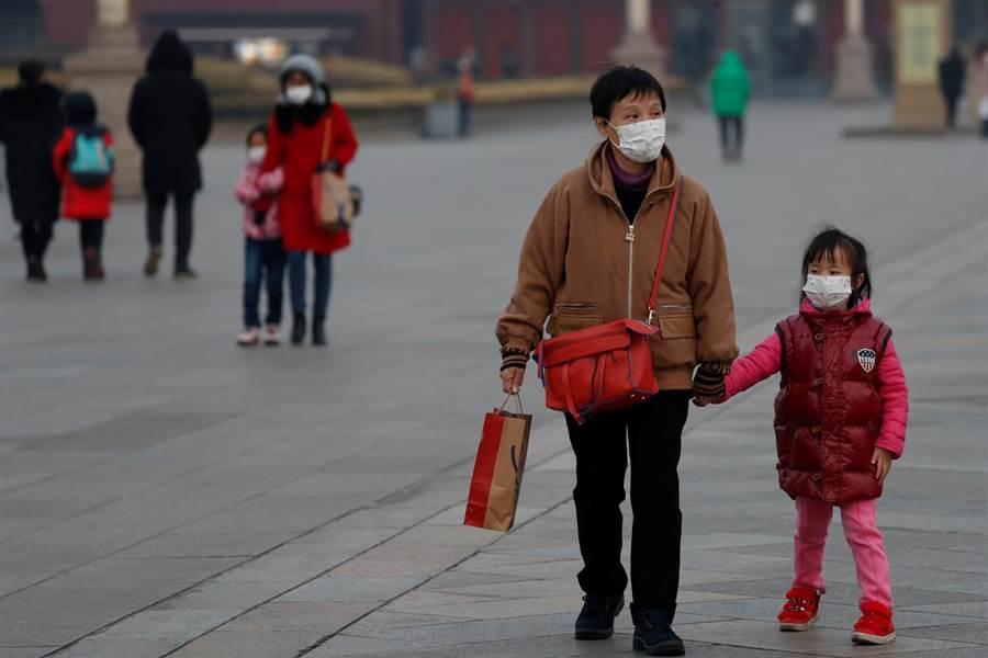 武漢肺炎疫情惡化,影響全球經濟。(圖/路透社)