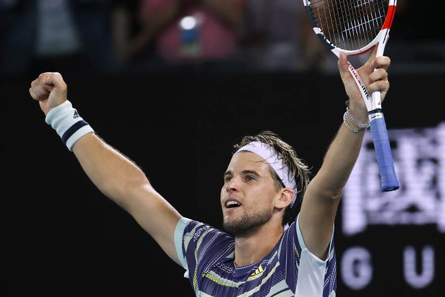 世界排名第5的奧地利好手提姆,在澳網男單8強賽擊退世界球王納達爾,生涯首闖澳網4強。(美聯社)