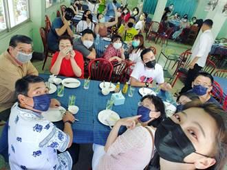 女星全家赴泰過年戴口罩 一說中文餐廳泰人全跑光