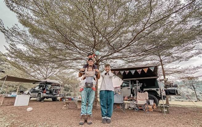 竇智孔經常帶著妻兒一起去露營。(故事工廠提供)