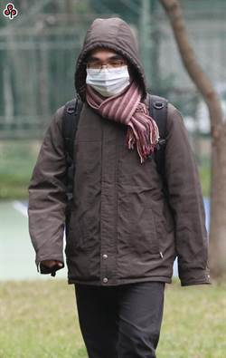 寒流好威! 國健署提醒長者要保暖、防跌