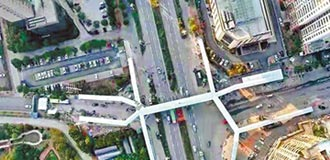 城市新亮點 江西新余人行天橋開通
