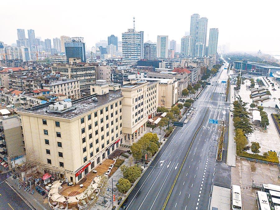 武漢漢口沿江大道。(新華社資料照片)