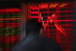 明天…陸股會暴跌多少?專家洩恐怖數字