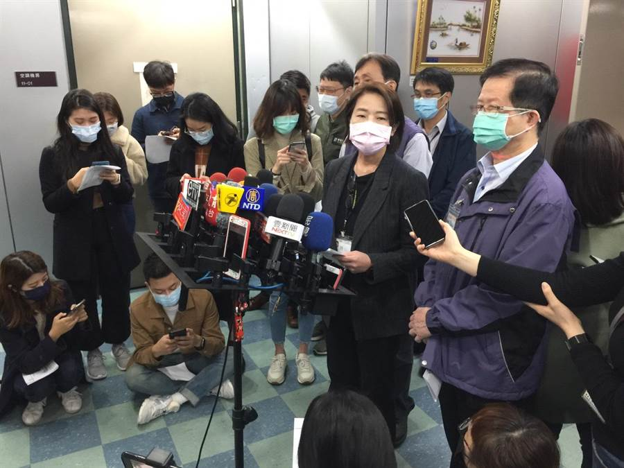 北市副市長黃珊珊今表示,衛生局將釋出20萬片戰備口罩。(張立勳攝)