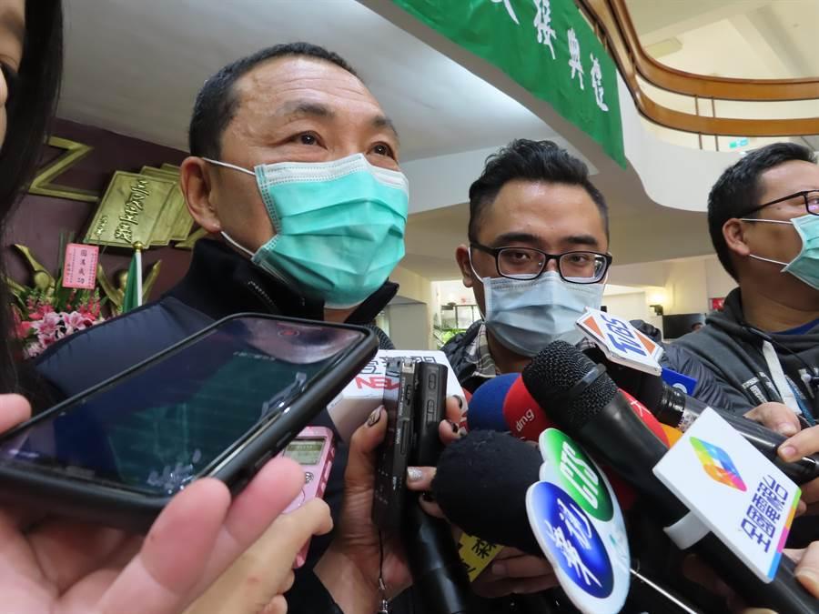 新北市長侯友宜認為購買口罩應推實名制。(葉德正攝)