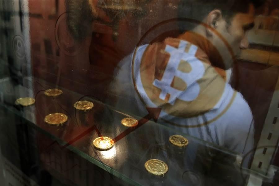 避險!比特幣飆破9300美元 狂漲30%。(美聯社資料照)