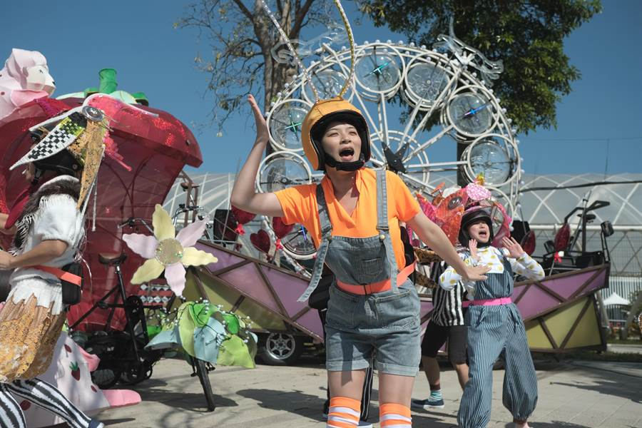 台灣燈會「寶島炫光巡邏隊」亮相,3日舉行啟動記者會。(陳淑娥攝)