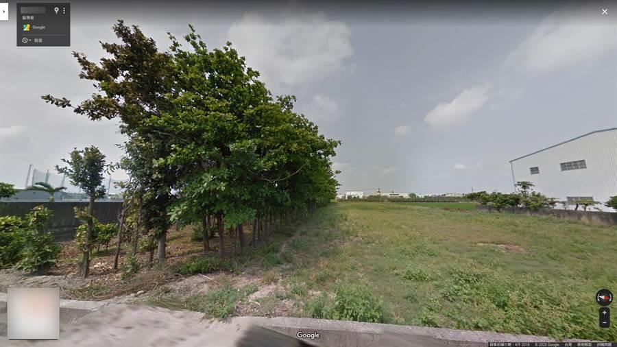彰化地檢署調查,莊男與林男房屋間有高牆,從訴訟照片來看,樹木枝葉並無越界。(翻攝google地圖/吳建輝彰化傳真)
