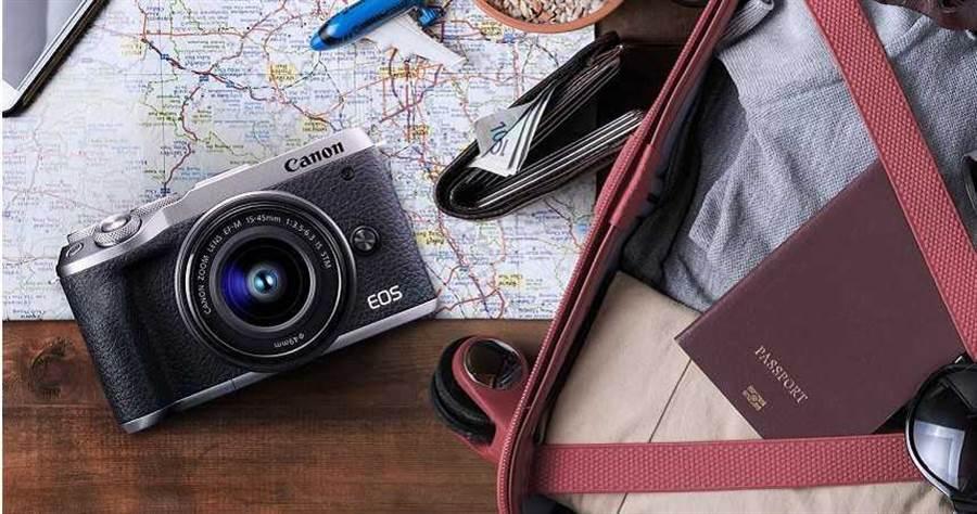 數位相機最新趨勢走向大型感光元件及無反光鏡機種,圖為Canon EOS M6 Mark II微單眼機種。(圖/Canon)