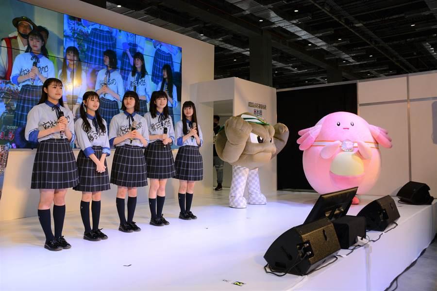 除了吉祥物外,來自日本東北城市的偶像團體也一同訪台,感謝台灣在日本311震災的救援。(台北國際動漫節日本館提供/王寶兒台北傳真)