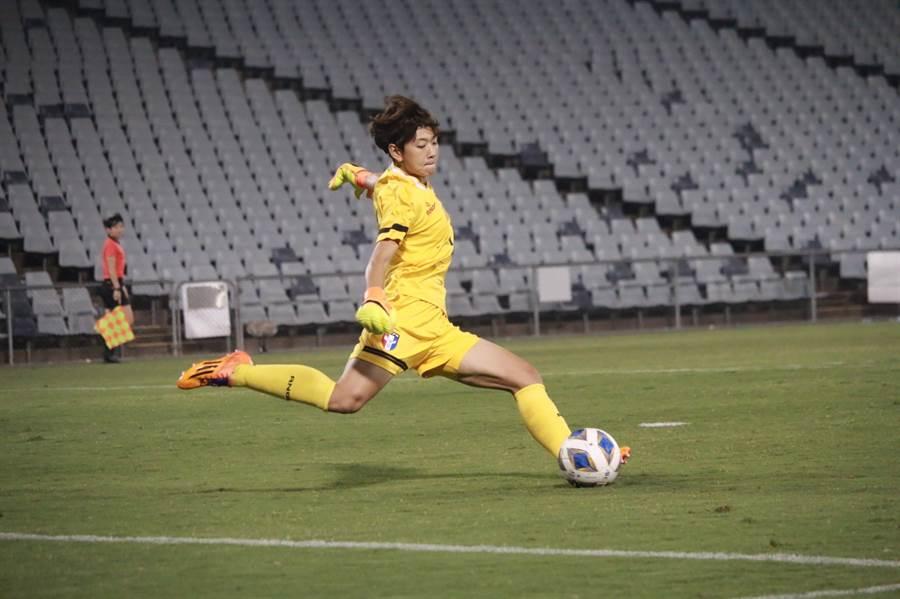 中華女足門神蔡明容也參與了2015年平泰國卻輸緬甸、無緣晉級的奧運資格賽第2輪。(中華足協提供)