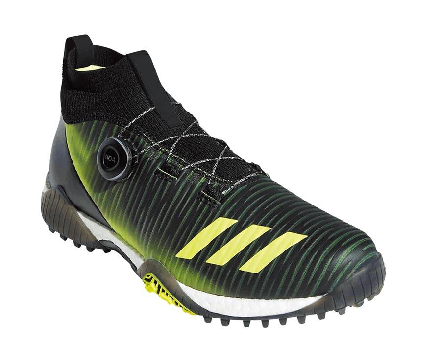 adidas Golf推出全新CODECHAOS系列鞋款,橡膠無釘鞋底一樣提供球員良好抓地力。售價6880元。(adidas提供)
