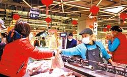 上海台人防疫 在家追劇練廚藝