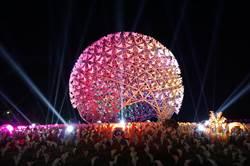 台灣燈會主燈「光之樹」驚豔 馬場園區《博物館驚魂夜》