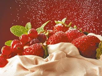 草莓季來了療癒滿載 粉色旋風 甜蜜商機