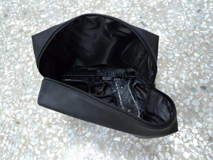 台南大年初七發生槍擊案,警方7日宣布破案啟獲作案改造槍枝。(翻攝照片/程炳璋台南傳真)