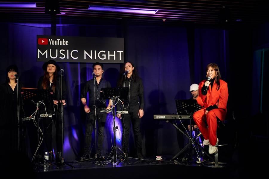A-Lin日前受邀成為在台灣Youtube Music開唱的第一人。(索尼音樂提供)