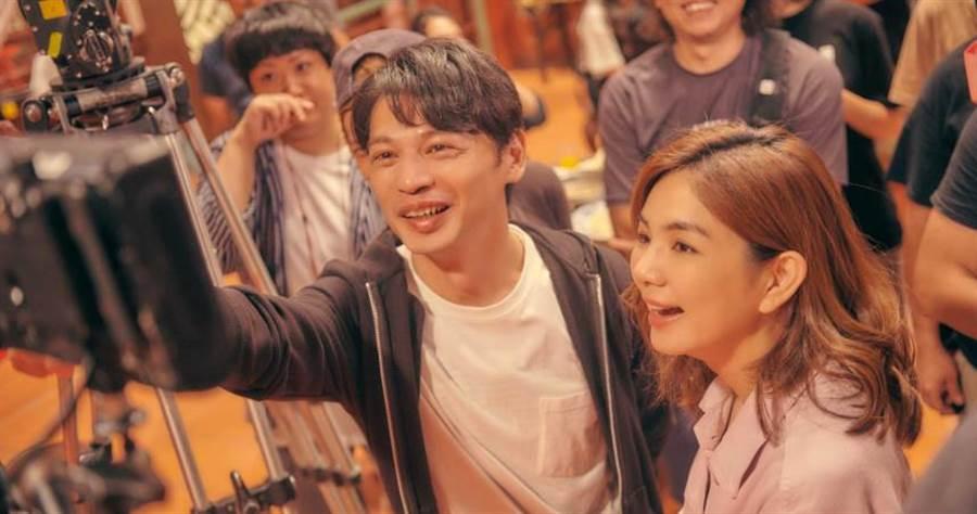 阿KEN與ELLA在《練愛iNG》中合作。(圖/藝起娛樂提供)