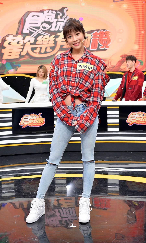 袁詠琳靠網球、滑雪等運動維持好身材。(TVBS提供)