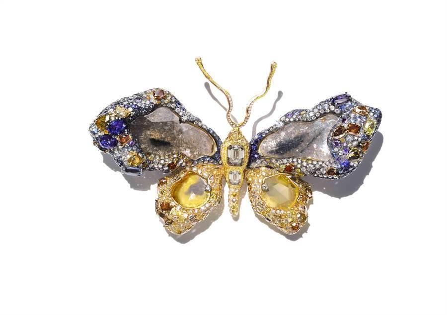 CINDY CHAO於2009年完成的《皇家蝴蝶》,獲美國史密森尼博物館永久收藏。(CINDY CHAO提供)