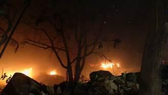 外雙溪花園餐廳晚間火警 黑夜中延燒火勢驚人