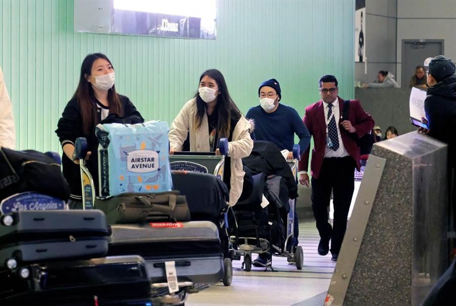 因應武漢肺炎,多國實施旅遊限制措施。(圖/路透社)